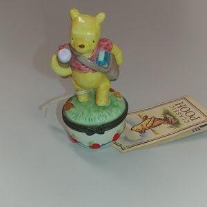 NWOB Disney Winnie the Pooh Pill Box